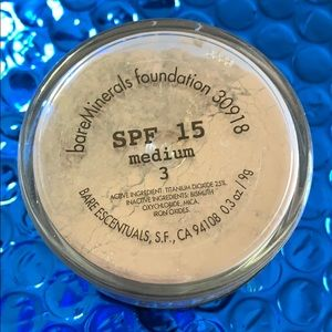 BareMinerals foundation medium 3 SPF 15 new